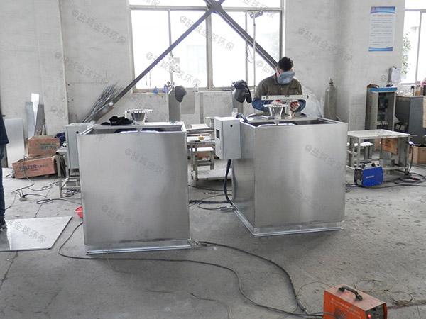 负一楼电动污水提升器设备安装施工